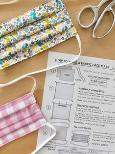 A free pattern for a DIY fabric face mask to sew for hospitals. This fabric mask has a standard pleated design with an optional pocket for additional insert filter material. Use elastic ear loops or fabric ties. Sewing Hacks, Sewing Tutorials, Sewing Crafts, Sewing Projects, Sewing Tips, Dress Tutorials, Sewing Blogs, Easy Face Masks, Diy Face Mask