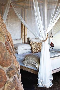 Southern African ethnic style. Singita Boulders Lodge 15
