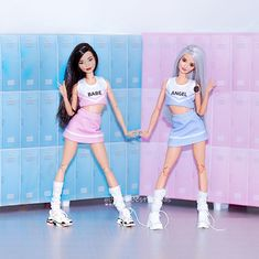 Barbie Sets, Barbie Gowns, Doll Clothes Barbie, Dress Up Dolls, Barbie And Ken, Disney Costumes For Kids, Barbie Tumblr, Barbies Pics, Barbie Fashionista Dolls