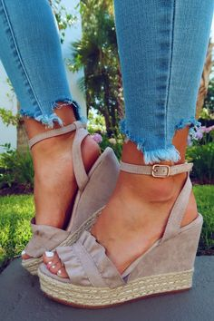 Share to save on your order instantly! Meet Me Here Wedges: Taupe Dream Shoes, Crazy Shoes, Me Too Shoes, Sock Shoes, Shoe Boots, Cute High Heels, Beautiful Shoes, Summer Shoes, Fashion Shoes