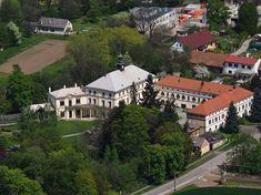 Kvasiny - zámek Mansions, House Styles, Home Decor, Decoration Home, Manor Houses, Room Decor, Villas, Mansion, Home Interior Design