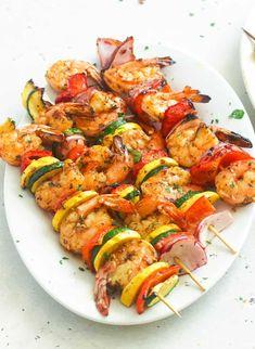 Grilled Shrimp Kabobs, Shrimp Kabob Recipes, Seafood Recipes, Cooking Recipes, Healthy Recipes, Bbq Shrimp Skewers, Grilled Shrimp Seasoning, Shrimp Kabob Marinade, Grilled Recipes
