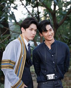Cute Asian Guys, Hot Asian Men, Asian Boys, Advance Bravely, Bf Memes, Actors Funny, Best Boyfriend, Thai Drama, Cute Gay