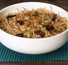 Arroz arabe Lebanese Recipes, Indian Food Recipes, Vegetarian Recipes, Cooking Recipes, Healthy Recipes, Arroz Biro Biro, Arabian Food, Colombian Food, Peruvian Recipes