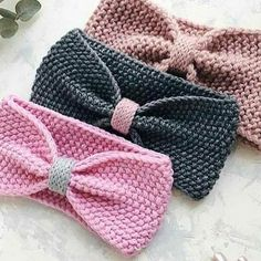 15 ideas crochet baby girl hat pattern bows for 2019 Bonnet Crochet, Crochet Baby Hat Patterns, Knit Headband Pattern, Crochet Bows, Crochet Headband Pattern, Knitted Headband, Baby Patterns, Knitted Hats, Beanie Pattern