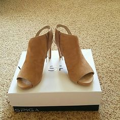NWT Via Spiga Camel Suede Heel The best and most comfortable high heeled shoe ever!!!  I had this style in every color!!! Sadly, I hurt my ankle and can't wear a heel over 2 inches anymore Comes with box.  True to size.  Medium width.  4 inch heel with half inch platform. Via Spiga Shoes Heels