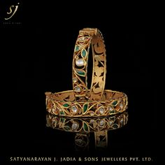 Gold Jewelry Design In India Real Gold Jewelry, Gold Jewelry Simple, Indian Jewelry, Copper Jewelry, Quartz Jewelry, Gold Bangles Design, Gold Jewellery Design, Designer Bangles, Cartier