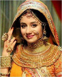 Royal Rajasthani latest brides wear jewelry designs hd pics (1)