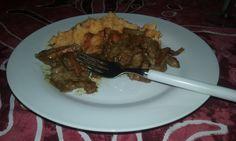 Asiático de Cerdo. A Friday night supper.#recipes http://tinyurl.com/ocbg6s8