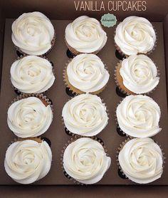 Cupcakes económicos en Medellín y Envigado por Dulcepastel.com #cupcakesdevainilla #vanilla #vanillacupcakes #tortasmedellin