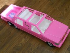 Hahahha.  I totally had this Barbie limo.  My barbies were Rollin' in Style back in the day!