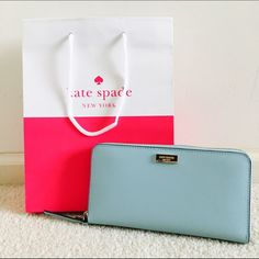 ✨Brand new! Kate Spade Neda in Blue Hydrangea Gorgeous, classy and perfect for the upcoming Spring, this beautiful light blue wallet by Kate spade is exactly what every girl needs! Brand new! Saffiano leather! Ugh... Too cute. No trades kate spade Bags Wallets