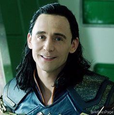 Loki in the new Thor: Ragnarok trailer  HE'S SO CUTE OMW! :3