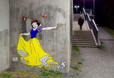 Niet alle Disney prinsesjes zijn zo schattig als ze lijken. Dangerous SnowWhite (via froot.nl)