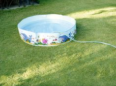 「NINE SWIMMING POOLS AND A BROKEN I PHONE」©Takashi Homma All Rights Reserved