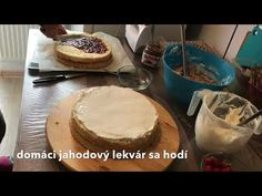 Mascarpone krém a výzdoba torty - YouTube Lidl, Pudding, Make It Yourself, Desserts, Food, Youtube, Mascarpone, Tailgate Desserts, Deserts