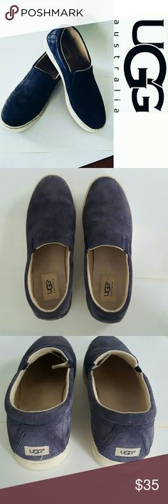 UGG blue  loafer shoes! Size 7 In good condition! Ugg navy blue shoes, women's size 7. Not very much wear on soles or inside of shoe! Perfect for summer :)  Bundle using the bundle feature and save! UGG Shoes