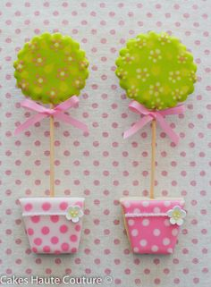 Topiary Cookies~ By Cakes Haute Couture , Pink, green Fancy Cookies, Sweet Cookies, Iced Cookies, Cute Cookies, Easter Cookies, Cookies Et Biscuits, Cupcake Cookies, Sugar Cookies, Cookie Icing
