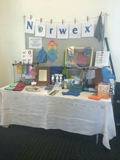 This looks nice and organized, and I like the way height is used. It just needs a little something to grab people's attention. Norwex Vendor Display, Vendor Displays, Craft Fair Displays, Norwex Cleaning, Diy Cleaning Products, Norwex Products, Cleaning Cloths, Green Cleaning, Cleaning Tips