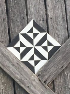 Items similar to Dizzy Mini Barn Quilt Quilt Square Can Customize on Etsy - Welcome to our website, We hope you are satisfied with the content we offer. Quilt Square Patterns, Barn Quilt Patterns, Square Quilt, Barn Quilt Designs, Quilting Designs, Blackwork, Painted Barn Quilts, Barn Signs, Barn Art
