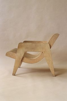 Nick Goldfinger – Plywood armchair, 90's. This remake was originally designed in 1937 by his grandfather Ernö Goldfinger