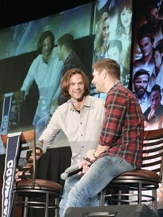 J2 Jensen Ackles Jared Padalecki, Jared And Jensen, Sam And Dean Winchester, Winchester Brothers, Supernatural, Hot Guys, Couple Photos, People, Personal Space