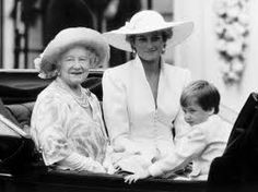 Lady Diana, Queen Mum and Prince William enjoying a carriage ride at a formal affair. truly a royal family. a beautiful photo shot. we can't forget Queen Mum!