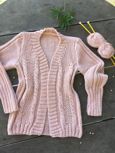 Cardigan Rosa, Knitting Designs, Knitting Patterns, Crochet Stitches, Knit Crochet, Cardigans For Women, Jackets For Women, Knit Cardigan Pattern, Kawaii Fashion