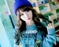 #Kim Shin Yeong #Ulzzang Girl #Korean Fashion http://media-cache-ec0.pinimg.com/736x/00/7c/d2/007cd25d3d5a4d5302260a35050f7a34.jpg