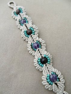 Hemp Macrame Bracelet with Amethyst Wood and Glass - Hemp Macramé Jewelry