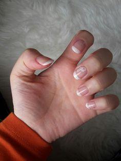 French Nails. Leider ist hässlich, weil ich immer zittern, kleckern und verwischen. Eure Olga
