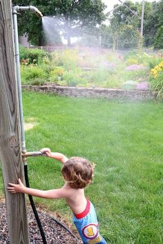 DIY - kid mister - Keep those kids cool in the hot summer weather - Directions Backyard For Kids, Backyard Projects, Outdoor Projects, Fun Projects, Diy For Kids, Cool Kids, Backyard Ideas, Outdoor Crafts, Kids Fun