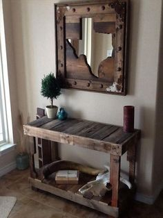 Wood Pallet Entry Table More Farmhouse Style Project Idea Project Difficulty:  Simple www.MaritimeVintage.com