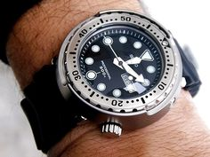 Seiko SBBN007 300M Tuna Can Review