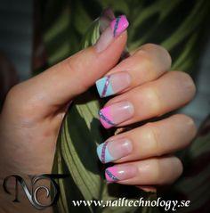 http://www.nailtechnology.se/nageldesign