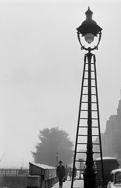 """"""" Lamppost with ladder """" Paris about 1955/1959. photo: Kees Scherer"""