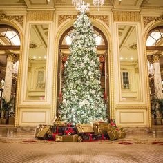 No place does Christmas quite like New York City and The Plaza Hotel may as well be holiday headquarters