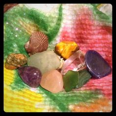 Bundle lot of stones Green Sea glass, malachite, unakite, pyrite, tiger's eye, sea shell, Crystal Quartz, amethyst, Rose Quartz, Dalmatian Jasper, and a deep blue stone I can't identify. Make your own jewelry! Wire wrapping etc. or just collect! Other