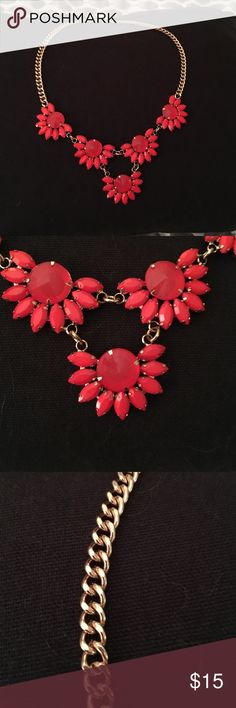 Statement Necklace Statement necklace with reddish coral colored stones. Great condition. Jewelry Necklaces