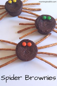 Spider brownies are a fun food treat for kids that's simple and easy to assemble! They are the perfect Halloween snack! Also great fine motor practice if you have your kids help.