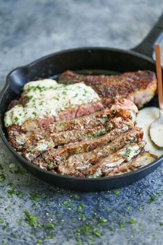 Perfectly tender, juicy steak is served with the most velvety cream sauce that just melts in your mouth! We watched Get Out tonight. (more…) The post Steak with Garlic Parmesan Cream Sauce Steak Marinade Recipes, Easy Steak Recipes, Grilled Steak Recipes, Healthy Diet Recipes, Meat Recipes, Cooking Recipes, Cooking Games, Steak Dinner Recipes, Game Recipes