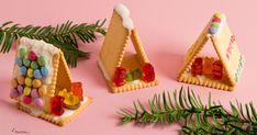 Unser Basteltipp für Kinder: Weihnachtskrippe aus Butterkeksen
