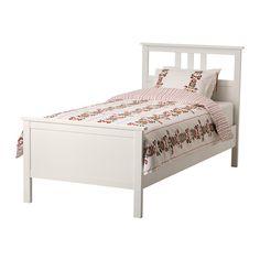 HEMNES Rama łóżka IKEA Produkt wykonany z litego drewna - wytrzymałego, ciepłego, naturalnego materiału.