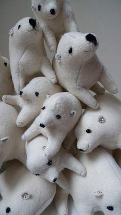 polar bears :) :: Tamar Mogendorff