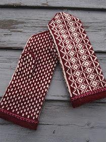 Ravelry: N:o Mussalo pattern by Eeva Haavisto Knitted Mittens Pattern, Knit Mittens, Knitted Gloves, Knitting Socks, Hand Knitting, Knit Socks, Drops Design, Scandinavian Pattern, Hand Knit Blanket