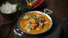 Tradiční indické jídlo je oblíbené skoro na celém světě díky neuvěřitelně jemné omáčce z rajčat a spousty másla, které jí dodá krémovost a bohatou chuť. Indian Food Recipes, Ethnic Recipes, Butter Chicken, Garam Masala, Slow Cooker, Curry, Food And Drink, Asian, Fresh