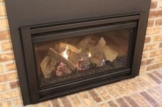 Jessica's house was transformed into a dream home, complete with heating comfort at the touch of a button. See what her family loves most about having a gas fireplace insert. Gas Insert, Gas Fireplaces, Cozy Fireplace, Fireplace Inserts, Family Love, Touch, Button, Christmas, Beautiful