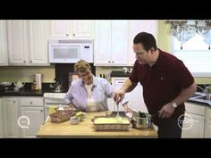 David's Recipes - If you're looking for a recipe with bananas, look no further than David's mom's no bake banana pudding. This banana pudding recipe uses van. No Bake Banana Pudding, Banana Pudding Recipes, Cookie Desserts, Just Desserts, David Venable, Looking For A Recipe, Baked Banana, Desert Recipes, Us Foods