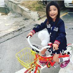 lian Cute Asian Babies, Korean Babies, Asian Kids, Asian Cute, Cute Babies, Kid N Teenagers, Kids Girls, Korean Fashion, Kids Fashion