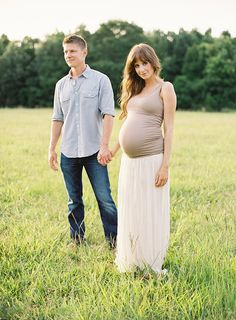 Fall maternity session field http://www.inspiredbythis.com/2012/11/inspired-by-this-fall-open-field-maternity-session/